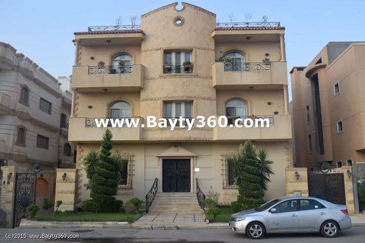 Villa duplex with garden and swimming pool for rent in New Cairo