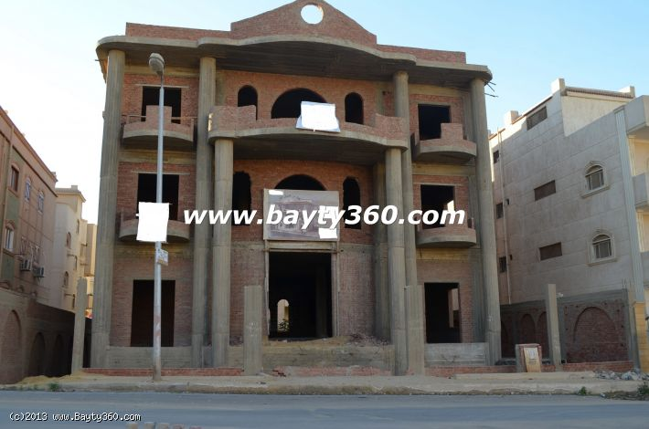 Villa For Sale in 5th Settlement,New Cairo.